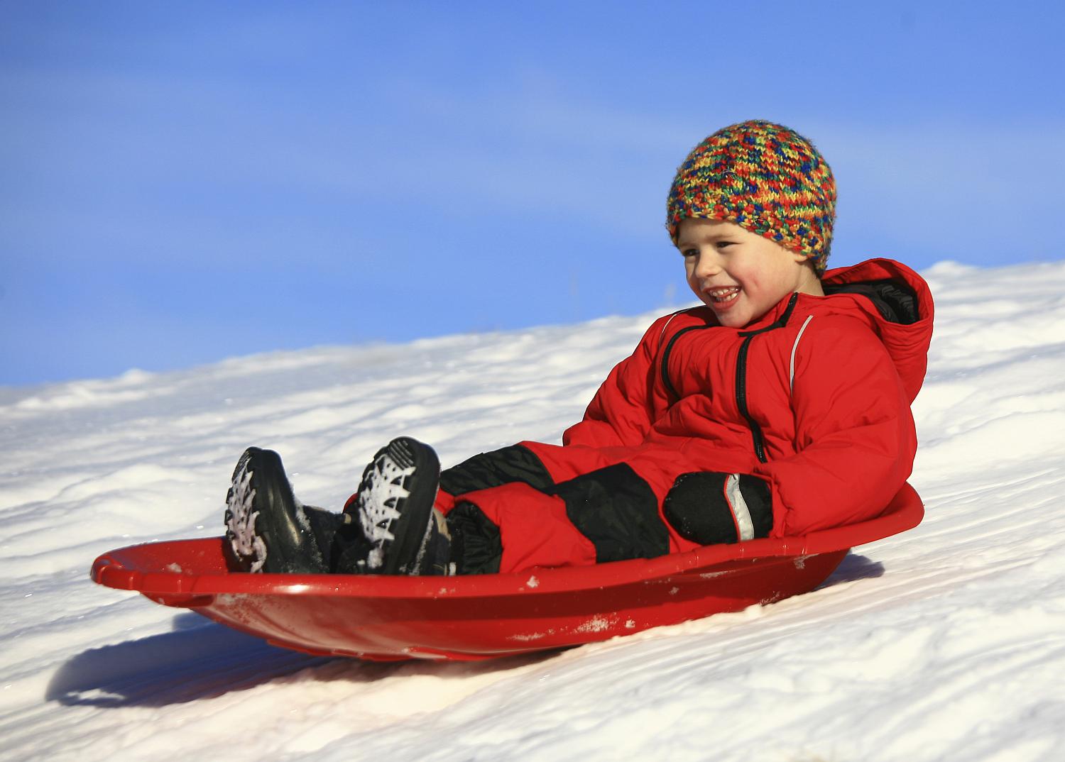 kid_sledding_resized